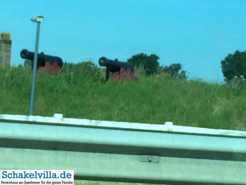 Kanonen im Fort Kijkduin - Den Helder - Schakelvilla Ferienhaus für die ganze Familie